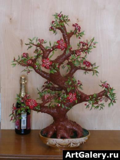 декор из бисера бисерного дерева.